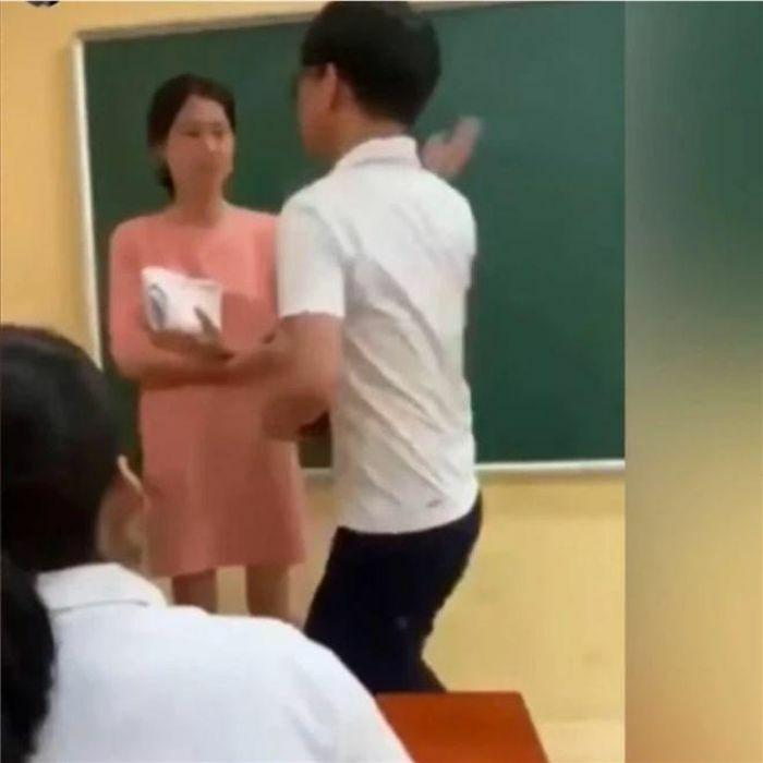 Nam sinh tát cô giáo: Bảo vệ học sinh bị bạo lực, còn giáo viên thì sao?
