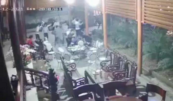 Vụ hàng chục thanh niên xông vào nhà chém người: Tạm giữ nhiều người