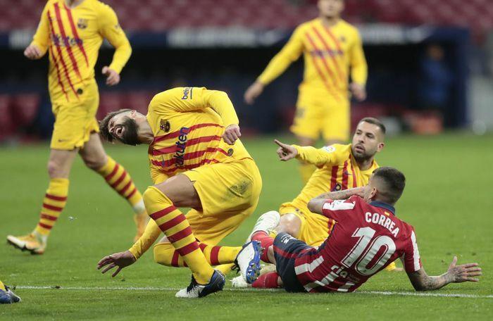 Pique trở lại đội hình Barca sau gần 3 tháng