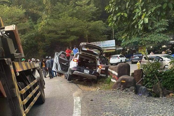 Tai nạn trên đèo Bảo Lộc, 1 người chết, 3 người bị thương