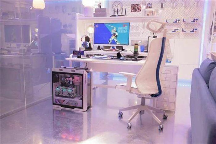 Asus ROG hợp tác với IKEA để ra mắt đồ nội thất & phụ kiện chơi game