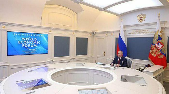 Davos 2021 và sự trở lại của nước Nga