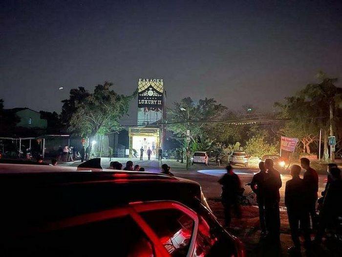 Hòa Bình: Xô xát ở quán karaoke, 3 người tử vong