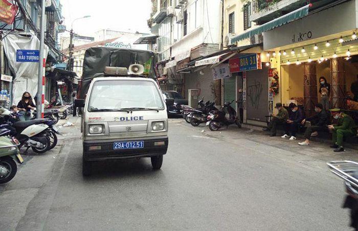 Hà Nội xử phạt hàng loạt quán cà phê vi phạm công tác phòng, chống dịch Covid-19