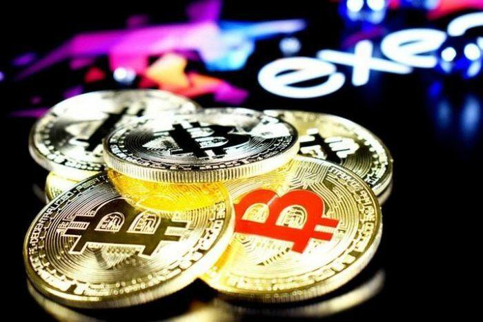 Giá Bitcoin phá kỷ lục 3 lần liên tiếp chỉ trong vài giờ, vượt ngưỡng 47.000 USD