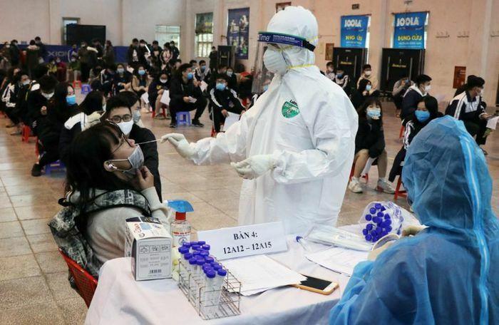 Dịch Covid-19 ở Hà Nội: Thời gian tới có thể tiếp tục ghi nhận các ca bệnh mới ngoài cộng đồng
