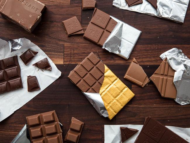 Valentine trao nhau sô cô la thì đúng rồi nhưng khi ăn cần ghi nhớ 6 điều quan trọng, điều thứ 6 cần ghim ngay trong Tết này