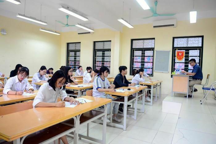 Học sinh Hà Nội muốn học lớp 10 song bằng phải thi 2 vòng