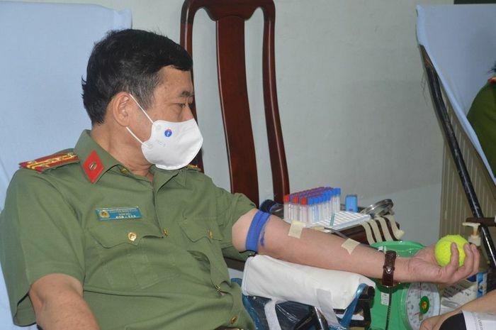Công an tỉnh Sóc Trăng phát động phong trào hiến máu tình nguyện