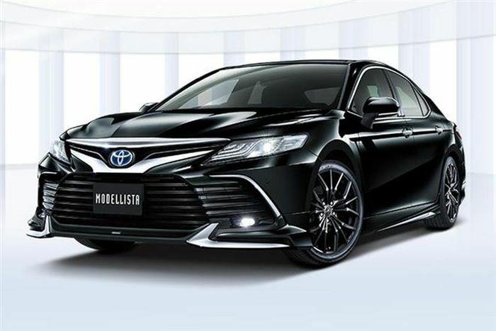 Toyota Camry 2021 lên đời với gói ngoại thất Modellista
