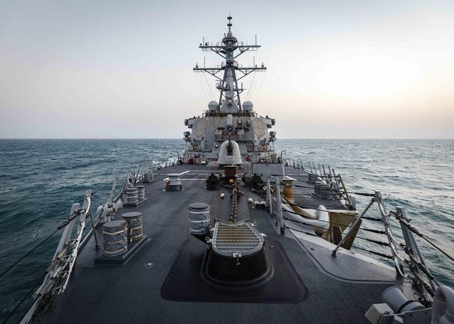 Mỹ lần đầu đưa tàu chiến áp sát Hoàng Sa dưới thời Tổng thống Biden