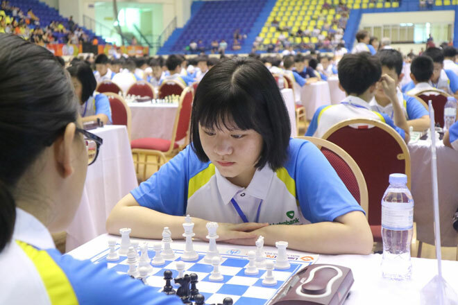 Gặp gỡ nữ sinh lớp 10 Thái Nguyên vô địch cờ vua thế giới
