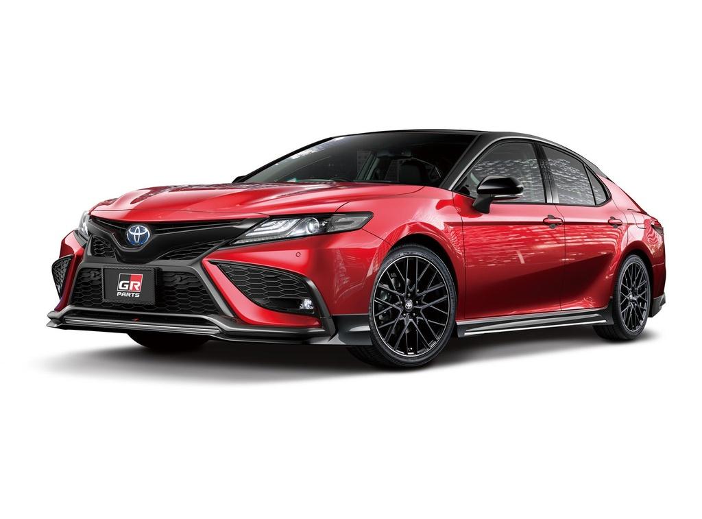 Toyota Camry đời 2021 có thêm gói nâng cấp ngoại hình