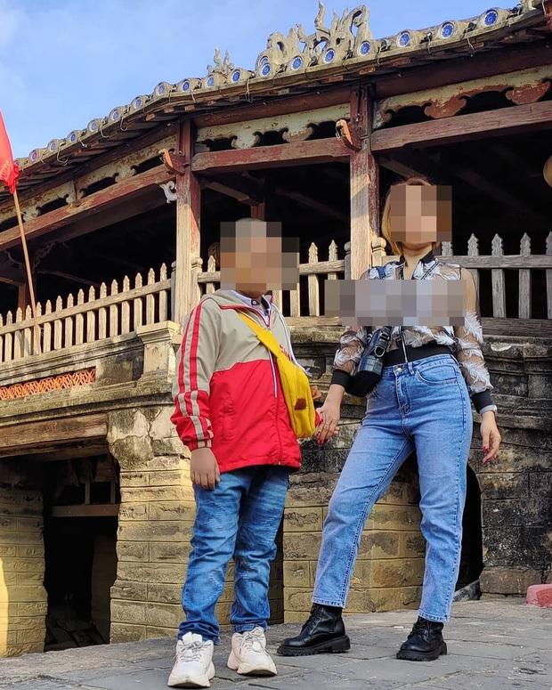 Người phụ nữ mặc đồ xuyên thấu, chụp ảnh phản cảm ở Chùa Cầu, Trưởng phòng Văn hóa và Thông tin TP Hội An yêu cầu xác minh làm rõ