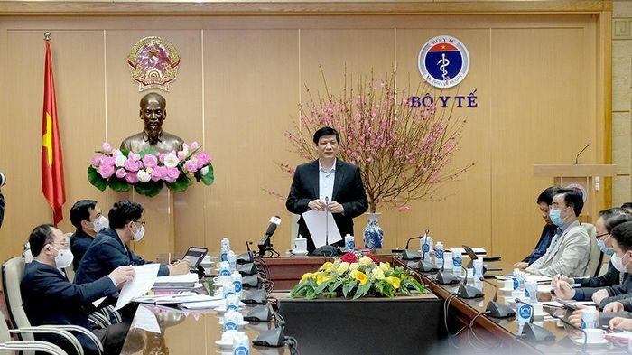 """Bộ trưởng Bộ Y tế: Gia Lai, Bình Dương là """"điểm nóng"""" Covid-19 mới"""