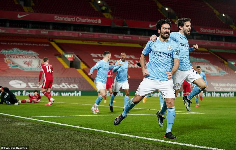 HLV Pep Guardiola phát biểu khiêm tốn sau khi Man City vùi dập Liverpool