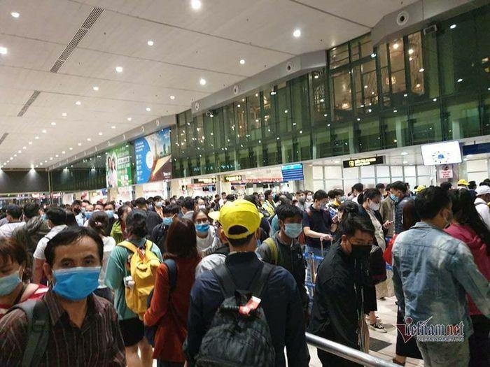 Khách cần biết 10 điểm này khi đến sân bay Tân Sơn Nhất dịp Tết
