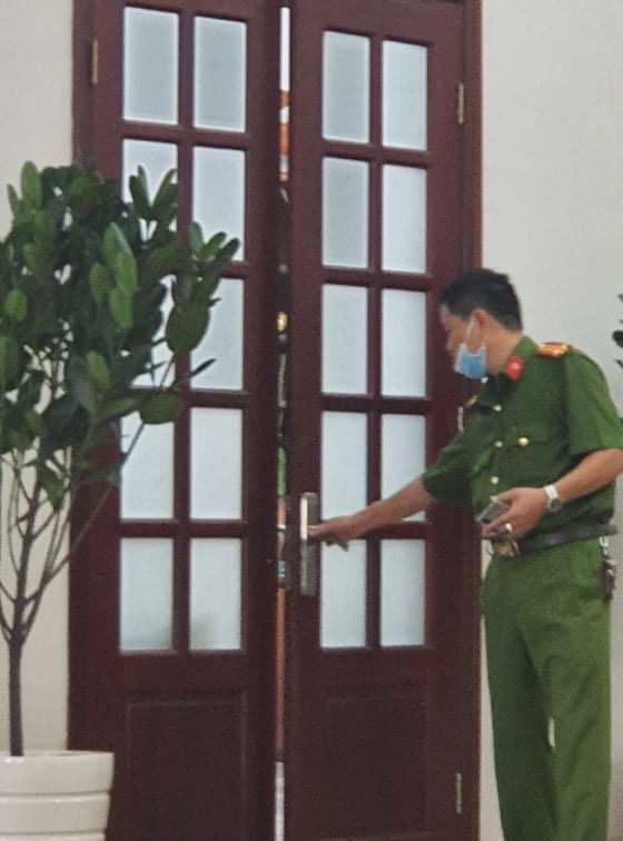 Khởi tố giám đốc, bắt giam phó giám đốc Bệnh viện Mắt TP HCM