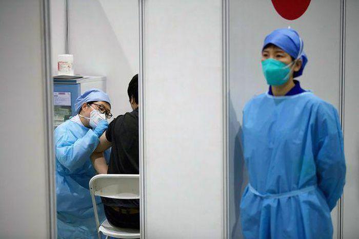 Dân Trung Quốc không dám tiêm vaccine nội địa
