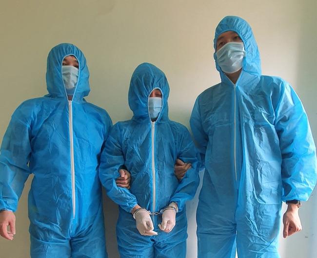 Quảng Ninh vận động 2 đối tượng bị truy nã ra đầu thú