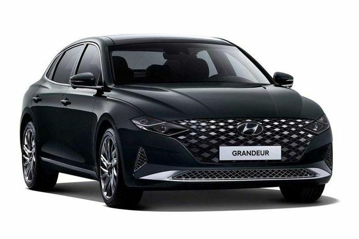 Hyundai Santa Fe kém xa Kia Sorento về doanh số