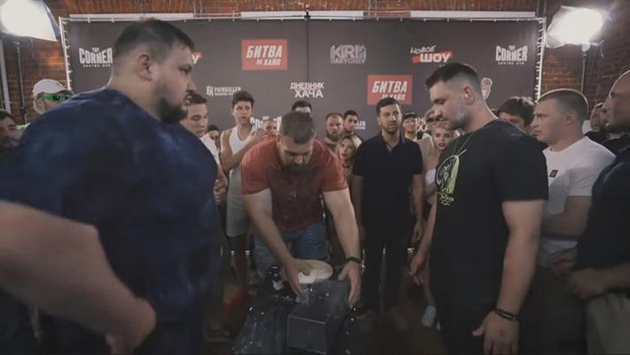 """""""Người khổng lồ"""" của làng MMA tự tin hạ đo ván Khabib lẫn McGregor trong cuộc thi… tát"""