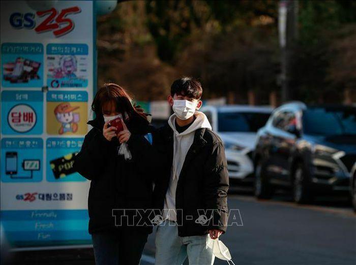 Hàn Quốc tìm cách cân bằng giữa phòng chống dịch và đảm bảo sinh kế