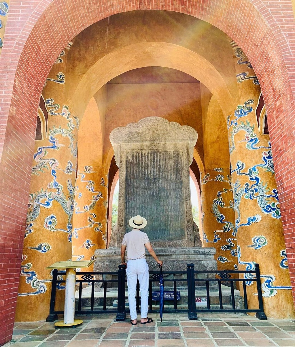 Tấm bia có số lượng văn tự nhiều nhất ở Việt Nam
