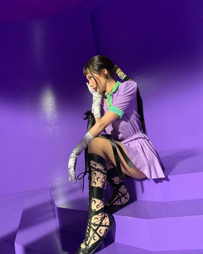 Han Ye Seul 'chặt chém' dàn mỹ nhân khi đụng độ váy áo