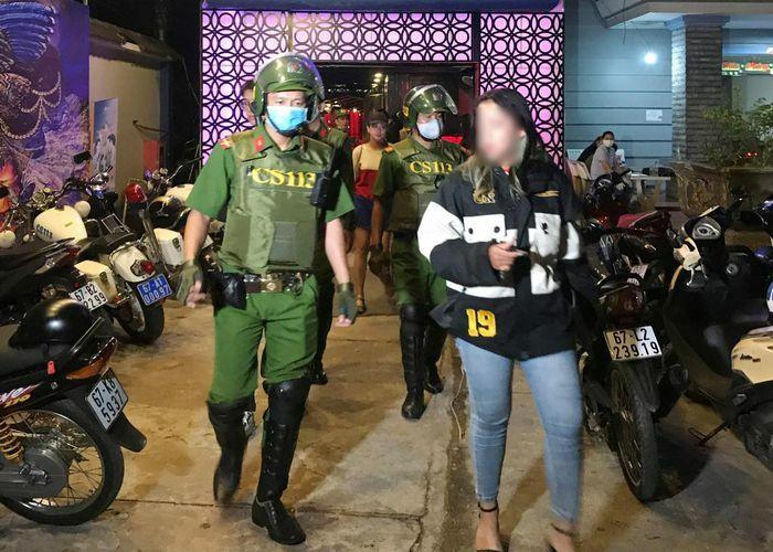 Tiên phong trong đấu tranh với tội phạm