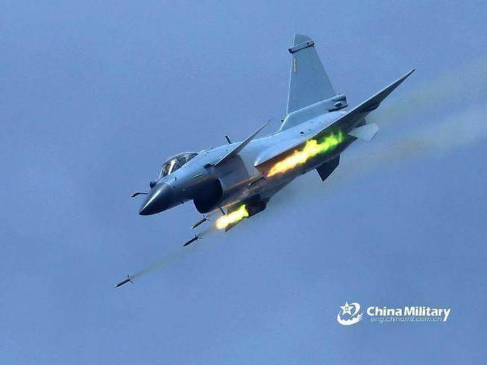 Đài Loan: Máy bay Trung Quốc, Mỹ tiến vào không phận
