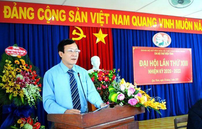 """Giám đốc Sở VHTT Bình Định bị giang hồ dọa: Cán bộ """"đứng sau""""…vi phạm gì?"""