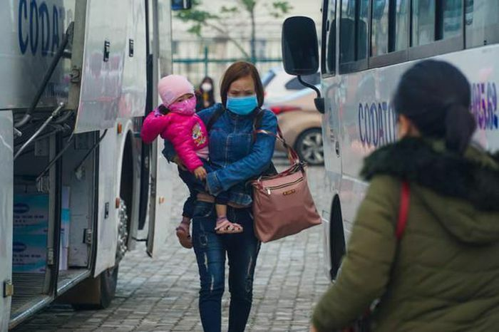 79 chuyến xe miễn phí đưa 3.000 công nhân về quê đón Tết