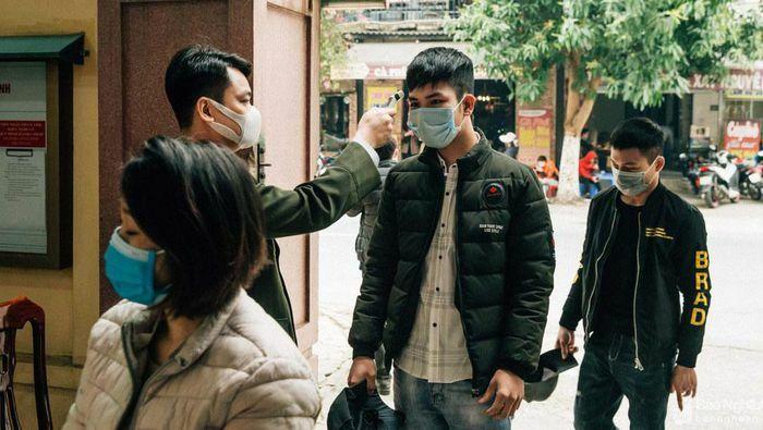 Nghệ An: Số người làm thủ tục xuất, nhập cảnh đầu năm giảm mạnh