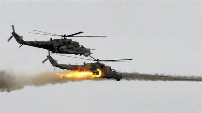 """Trực thăng Nga truy """"đuổi cùng giết tận"""" phiến quân IS ở miền Trung Syria"""