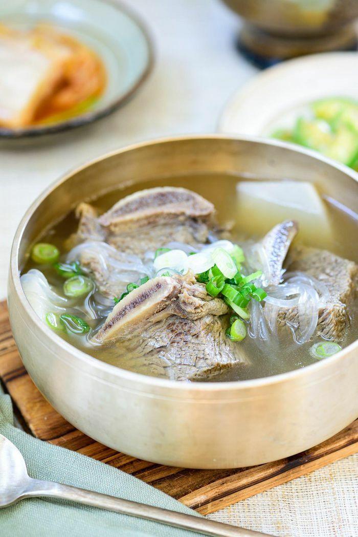 Bữa tối cuối năm lạ miệng với món canh sườn bò kiểu Hàn