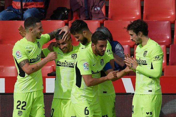 Thắng Granada, Atletico Madrid nới rộng khoảng cách 8 điểm với Real