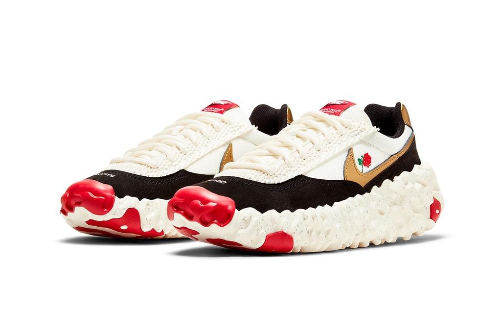 Giày Nike bị chê giống dính sốt cà chua