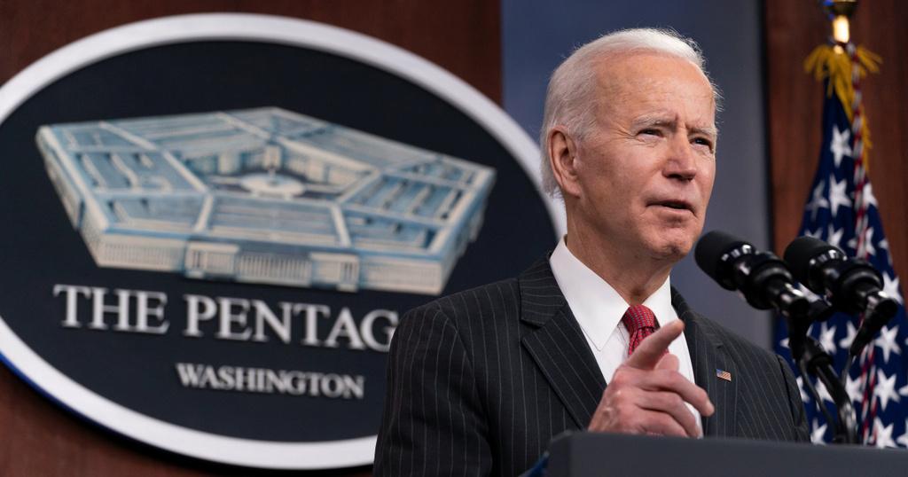 Báo Trung Quốc chê chiến lược đối phó Nga-Trung của ông Biden