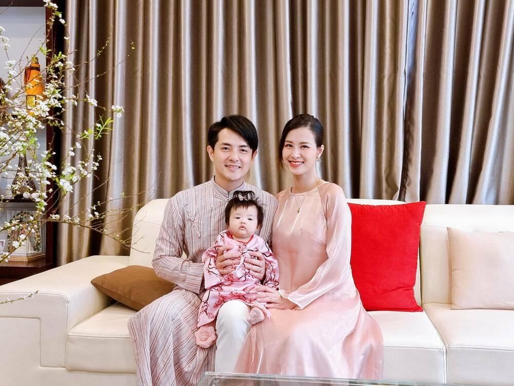 Nhóc tì nhà sao Việt diện áo dài ngày Tết: Cưng nhất hẳn là con gái Đông Nhi
