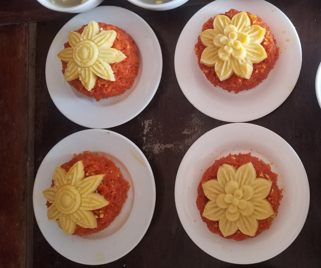 Vài mẹo nhỏ dể nấu xôi gấc mềm ngon, lên màu rực rỡ để cả năm may mắn