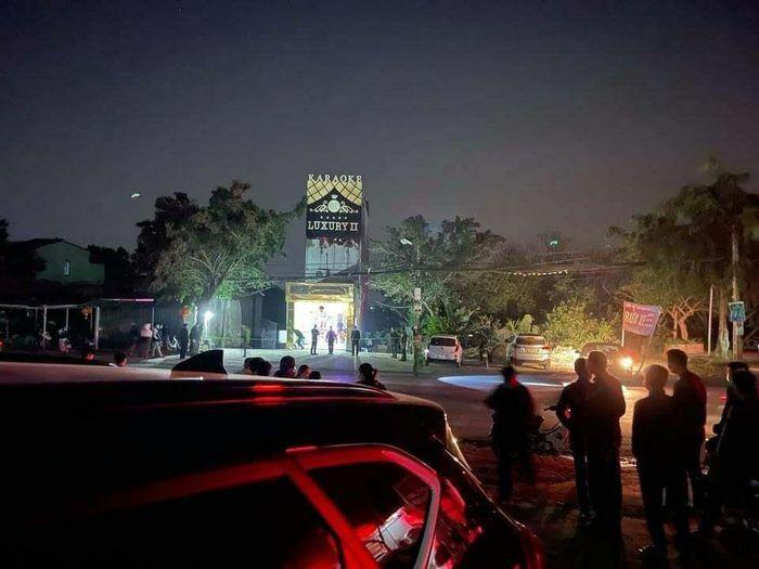 Xô xát trong quán karaoke, 2 người chết ở Hòa Bình