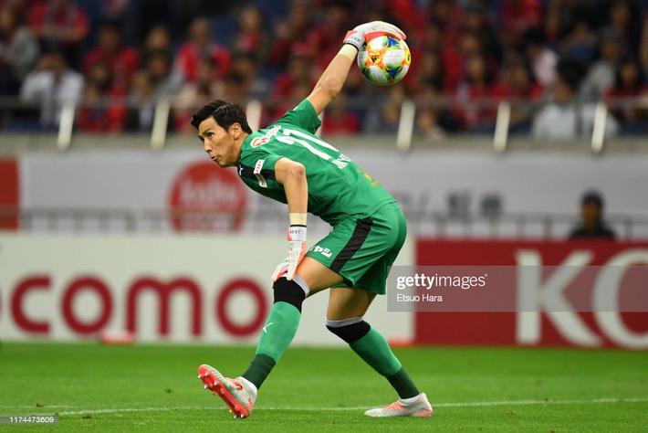 Đội bóng của Văn Lâm gặp vận may, thắng dễ đối thủ khó chơi trong ngày khai màn J1 League