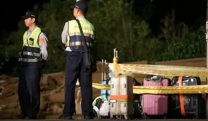Một người Đài Loan đang cách ly thì bị bắt cóc, đã thế lại còn bị phạt vì tội… rời khỏi nơi cách ly