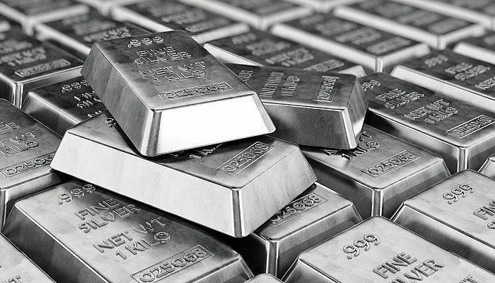Giá bạc tăng vọt khi các nhà đầu tư Reddit tràn qua thị trường kim loại