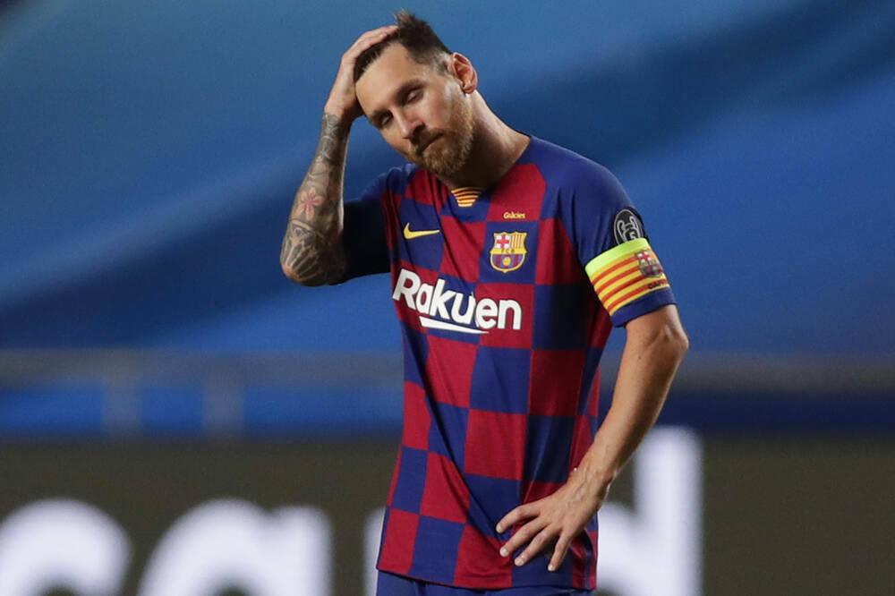 Barca đang nợ Messi số tiền khổng lồ