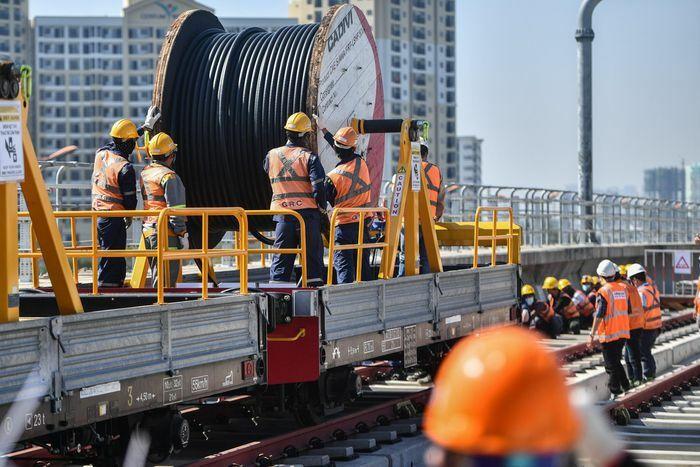 Metro số 1 triển khai cấp điện toàn tuyến