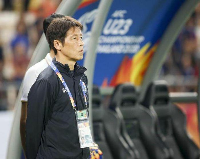 Thầy ngoại, vòng luẩn quẩn của bóng đá Đông Nam Á