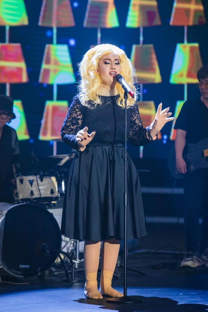 Choáng trước phiên bản 'Adele giả trân' do Lynk Lee hóa thân: Gương mặt biến dạng nhìn bàn tay còn sốc hơn!