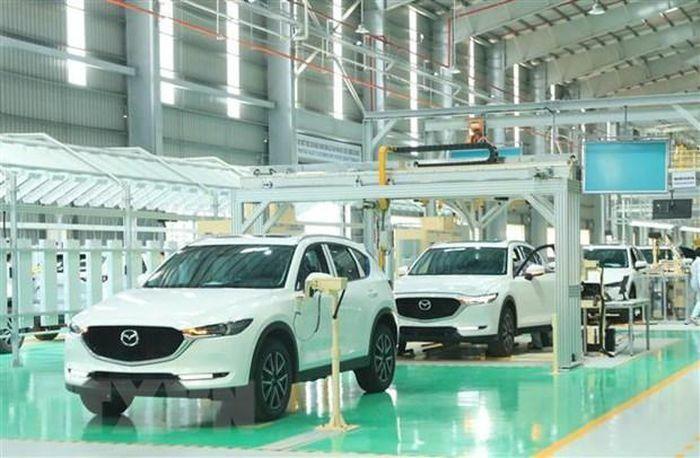 Mazda lần đầu tiên đứng đầu danh sách thương hiệu xe đáng tin cậy